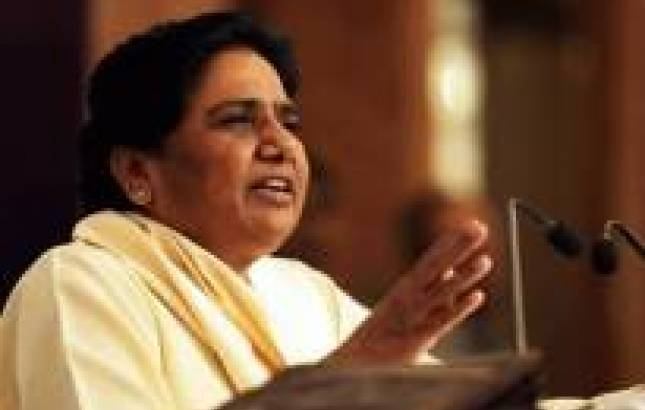 Mayawati calls for like-minded parties to stop Modi wave