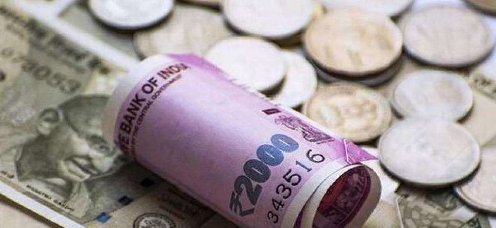 Rupee vs US Dollar - PTI