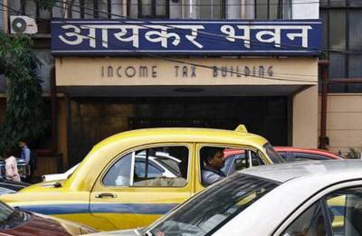 IT names 24 defaulters owing Rs.490 crore taxes
