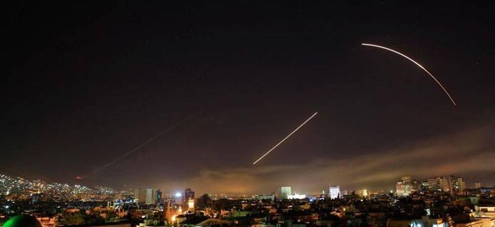 Watch first visuals of US-led airstrikes on Syria (photo credit: Nidalgazaui twitter account)