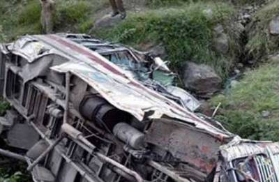 Mini-truck carrying marriage party members falls in MP's Sone river, 21 dead