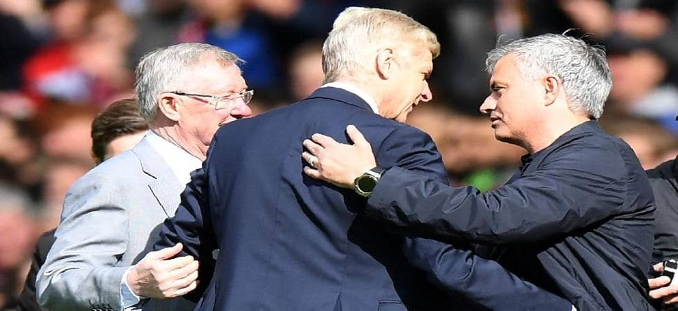 Arsene Wenger given a warm welcome by Sir Alex Ferguson and Jose Mourinho (Source: PTI)
