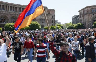 Tens of thousands of Armenians shut down capital in show of defiance