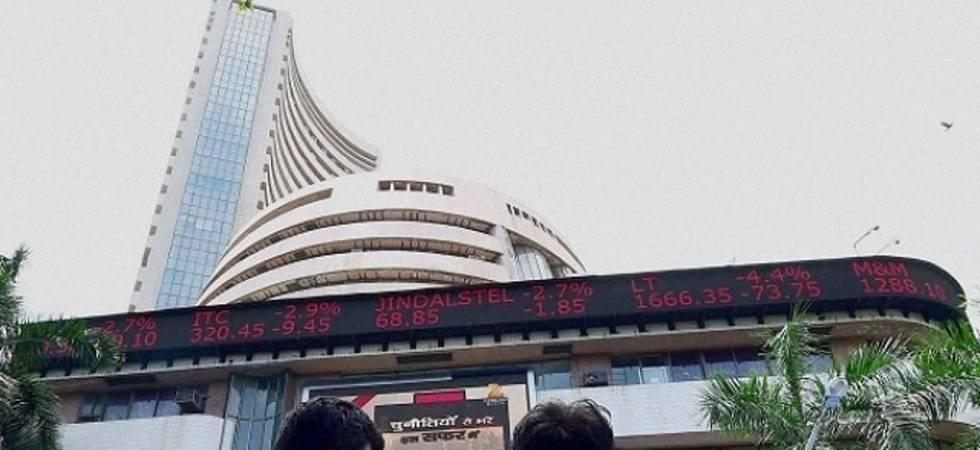 Sensex ends flat in choppy trade; Fed meet outcome in focus (File Photo)