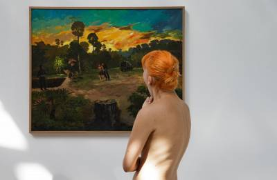'Day to remember' for art-loving nudists in Paris
