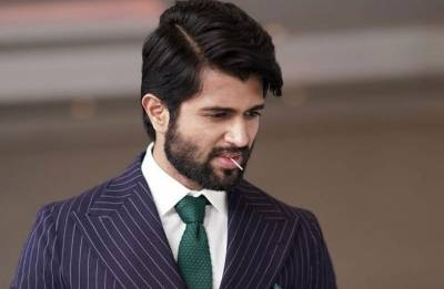 Vijay Deverakonda turns 29, celebrates birthday in most unusual way (see pics)