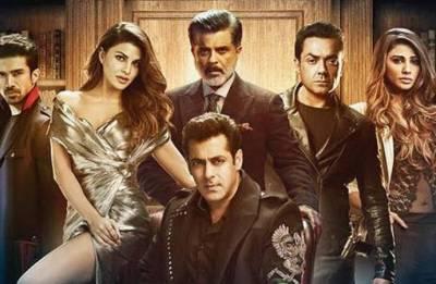 Woah! Race 3: Salman Khan- Jacqueline Fernandez starrer climax scene had the LARGEST shooting unit in Bollywood