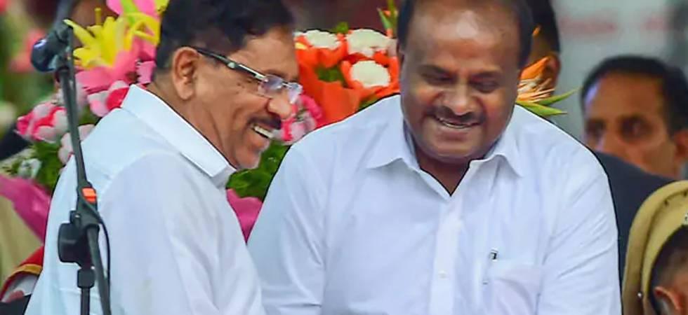 New Karnataka Chief Minister HD Kumaraswamy (Right)