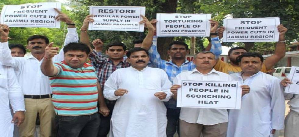Heat waves effect electricity and water supply in Jammu