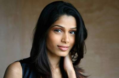 Freida Pinto to star with Orlando Bloom in 'Needle in a Timestack'