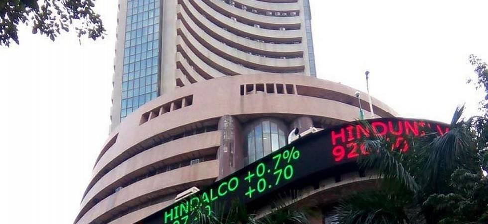 Closing Bell: Ahead of Inflation data Sensex up 39.80 points, Nifty comfortably above 10,700 (File Photo)