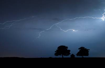 West Bengal: 10 killed in lightning strikes