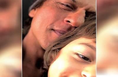 Eid Mubarak! Shah Rukh Khan, AbRam's cute selfie on this festive season will take your heart away! See in pic