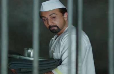 Actors should be real like Salman Khan & Sanjay Dutt, says Ranbir Kapoor
