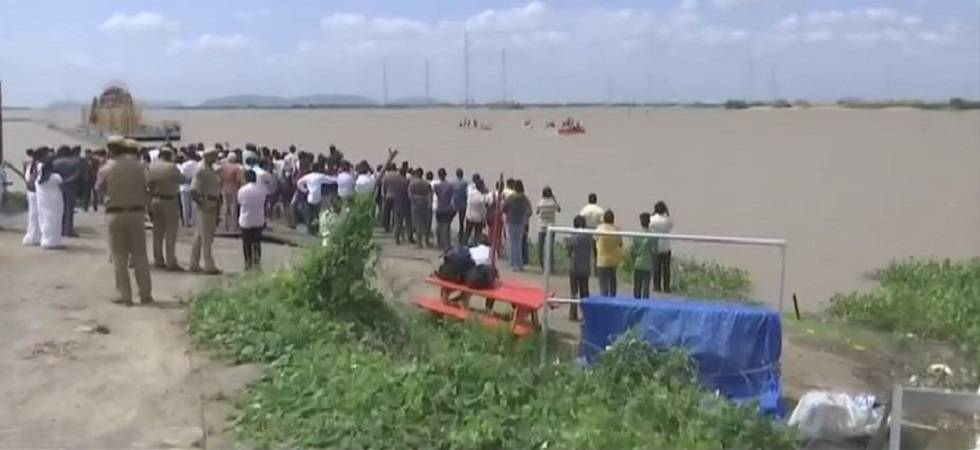 Bodies of 4 Engineering students, drowned in Krishna river, recovered (Photo Source: ANI)