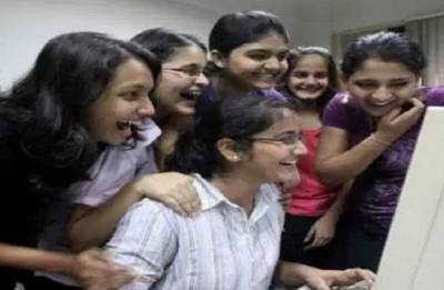 Bihar Board 10th Result 2018: Simultala Awasiya Vidyalaya girls grabbed top four ranks