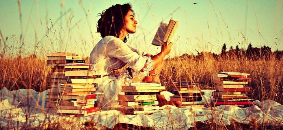 Reading can surely enhance your beauty and make you a beautiful person (Representational image)
