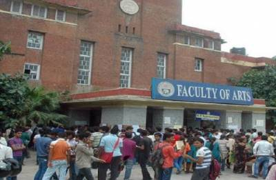 Delhi University's admission helpline received 120-130 calls daily