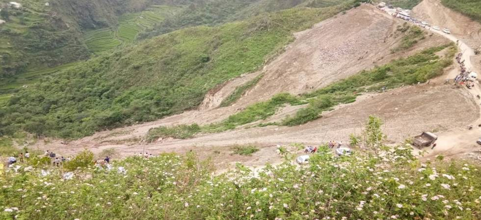 10 dead, several injured after bus accident in Uttarakhand (Photo: ANI Twitter)