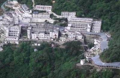 Delhi pilgrim dies enroute to Vaishno Devi shrine