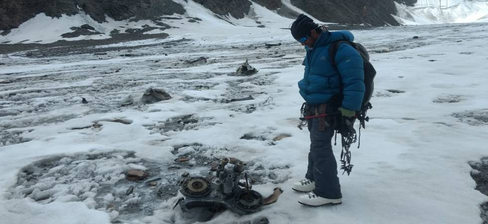 50 years after AN-12 aircraft crash, cleanliness drive crew discover soldier's body in Lahaul Valley (Photo: ANI Twitter)