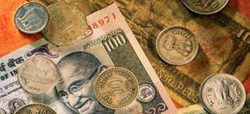Rupee strengthens 10 paise against US dollar