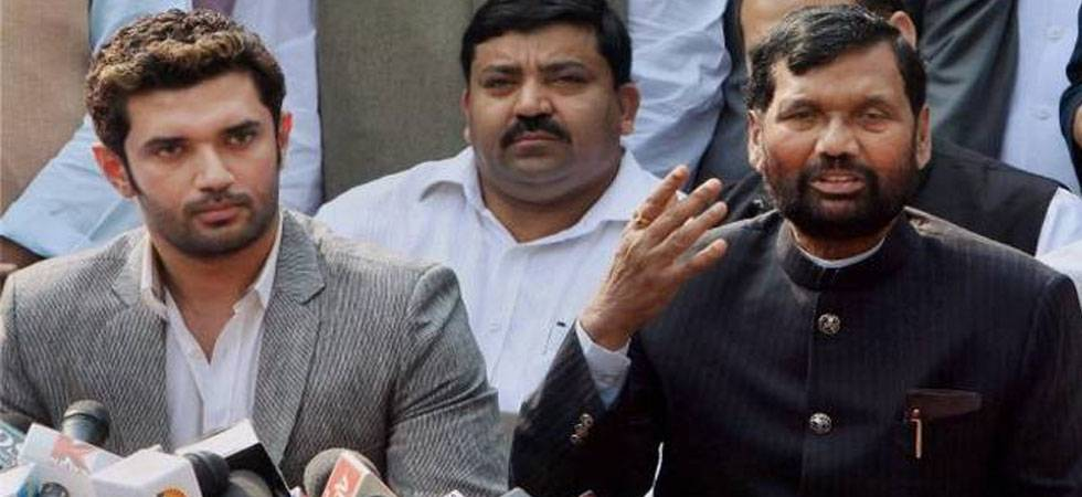 Fresh ally trouble for BJP, Ram Vilas Paswan's LJP threatens to join Dalit protests (PTI Photo)