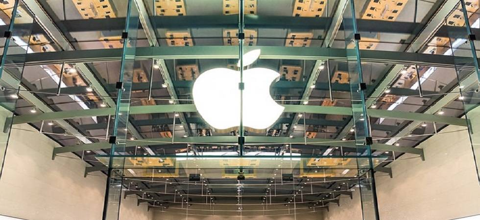 Apple becomes first company to reach $1 trillion (Photo- Twitter/Marketing Week)