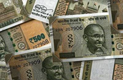 Rupee furthers gains, up 5 paise at 68.63 a dollar