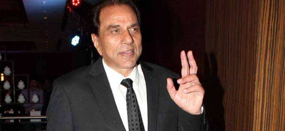 Deols are not stars, they are actors, says Dharmendra (File Photo)