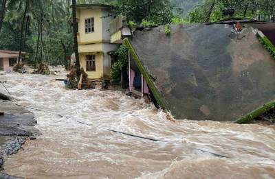 Kerala: Death toll rises to 26 as heavy rains cause massive destruction