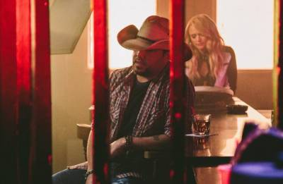 Time to 'Drowns the Whiskey' with Jason Aldean and Miranda Lambert!