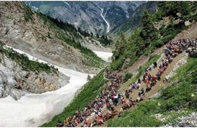 Fresh batch of 233 pilgrims leaves Jammu for Amarnath cave shrine