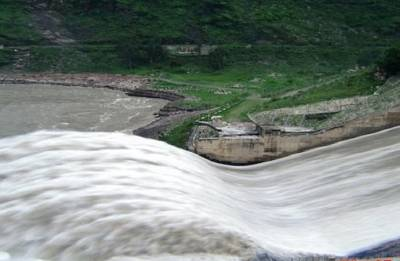 Water being released from Pandoh Dam, warning issued to tourists