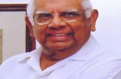 Political leaders pay homage, say Somnath Chatterjee was outstanding parliamentarian