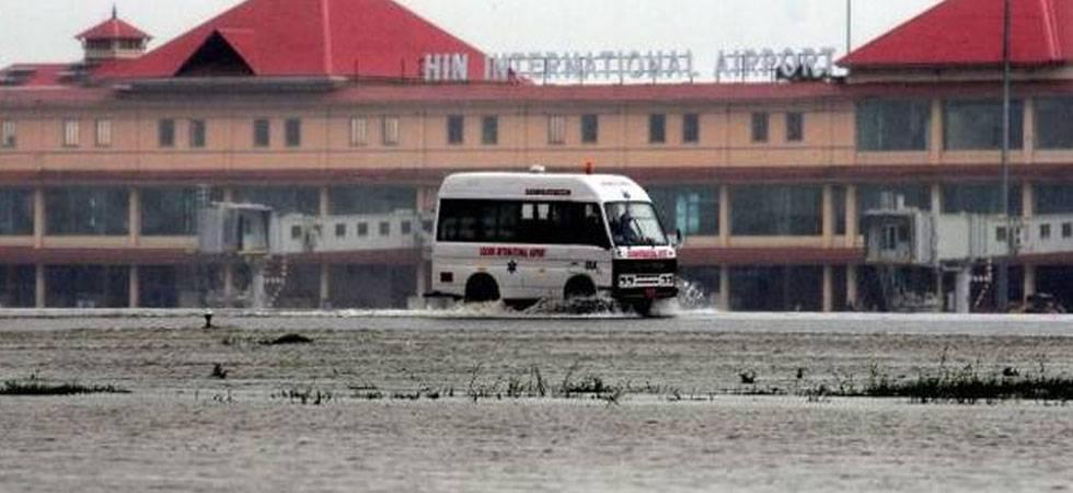 Kerala Floods: Kochi Airport suspends all flight operations till Saturday; death toll rises to 67 (PTI photo)
