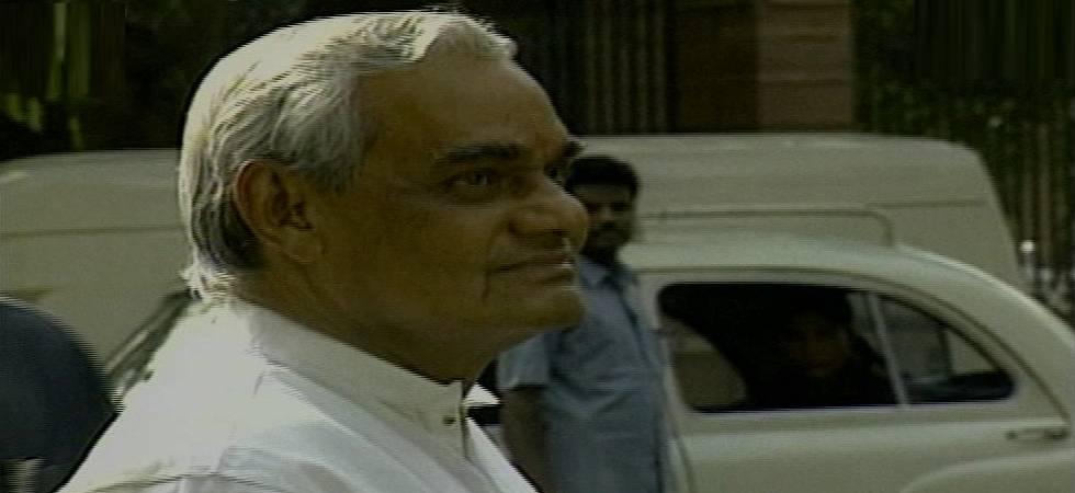 Atal Bihari Vajpayee Death LIVE: Final journey will begin at 1:30 pm tomorrow