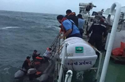 Kerala floods: Indian Coast Guard evacuates 2,507 people; over 6,415 provided assistance