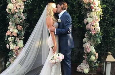 Claire Holt, Andrew Joblon tied the knot