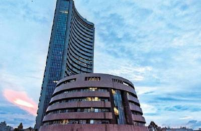 Sensex, Nifty turn volatile after hitting record highs