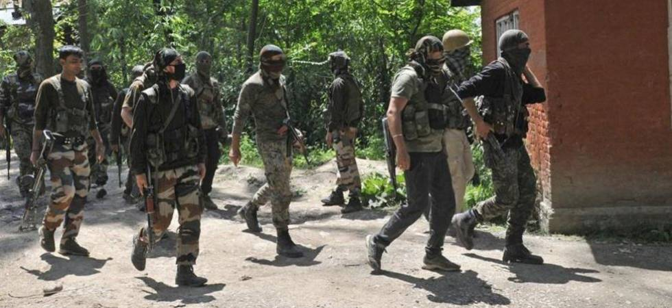 Four militants surrender before security forces in Kupwara (File Photo)