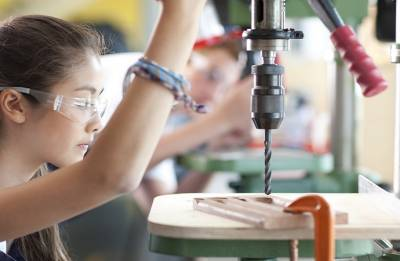 Technical Education: Professional deficiencies and changing choices