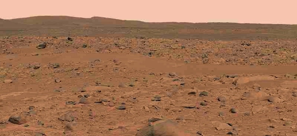 NASA's InSight mission to find how Mars mountains formed (Image: Twitter)