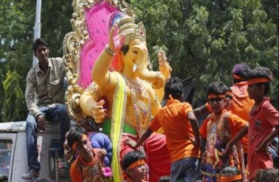 Vinayaga Chaturthi: Hindu Munnani leader moves court against prescribed norms for installing Vinayaga idols