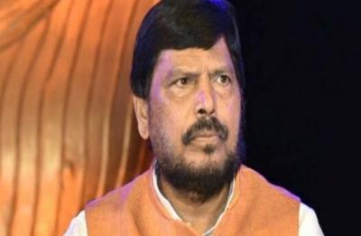 BJP to lose 30-40 seats in Lok Sabha polls if Patidar quota stir not addressed, says Ramdas Athawale