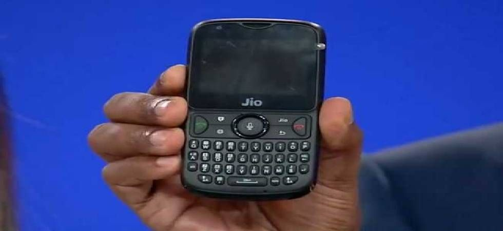 JioPhone 2 third flash sale starts on September 6; Know how to buy and specs (Image: Twitter)
