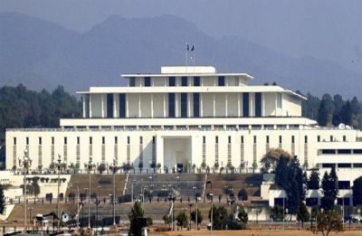 Pakistan to elect new president, Arif Alvi to win likely