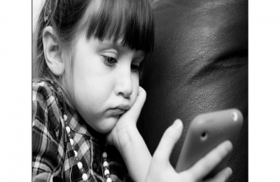Smartphones might be affecting your child's development more than you know