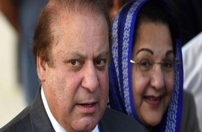 'Open your eyes, Kulsoom': Nawaz Sharif's last video with wife goes viral
