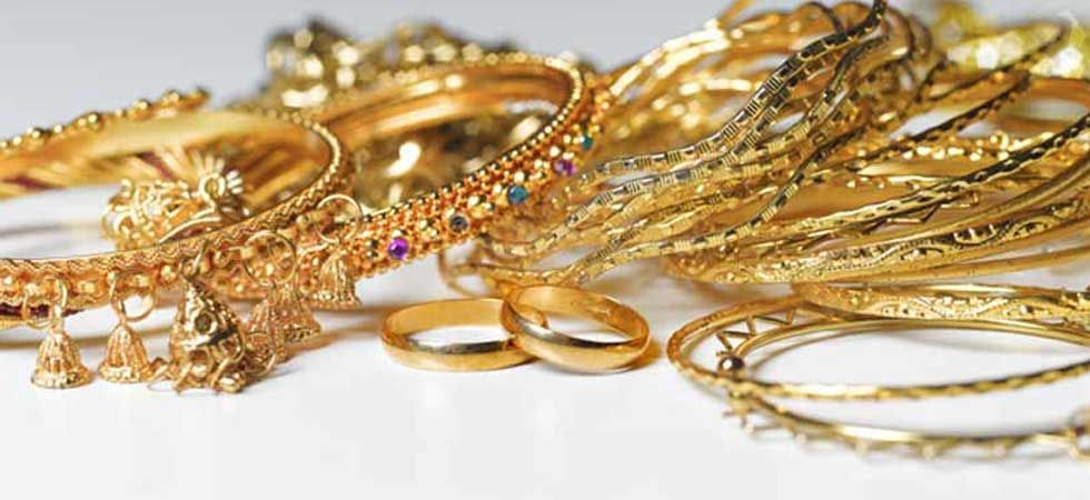Want to buy GOLD jewellery! Don't miss this golden chance